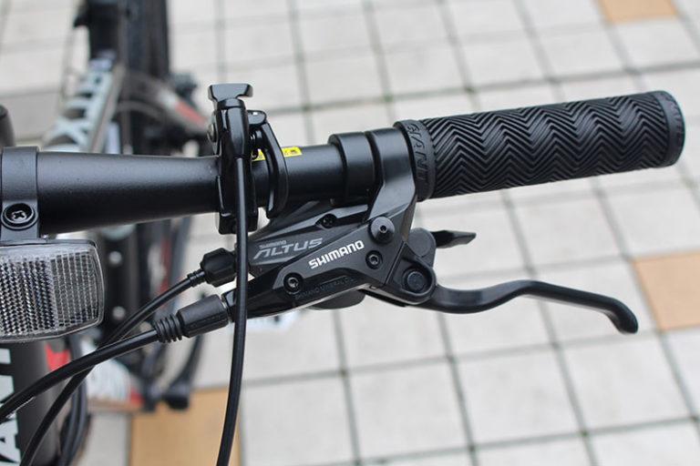 Tay đề xe đạp thể thao Giant ATX 735
