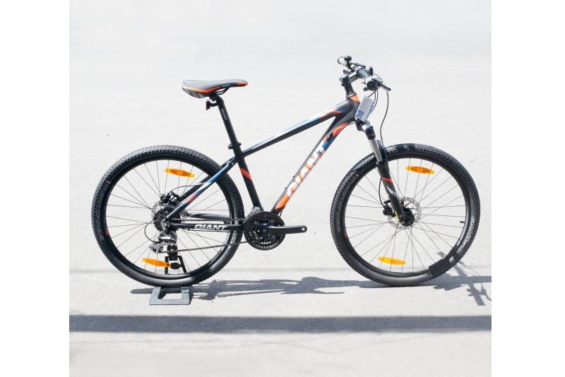 Xe đạp Giant Rincon Disc